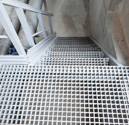 Ejemplo escalera inclinada