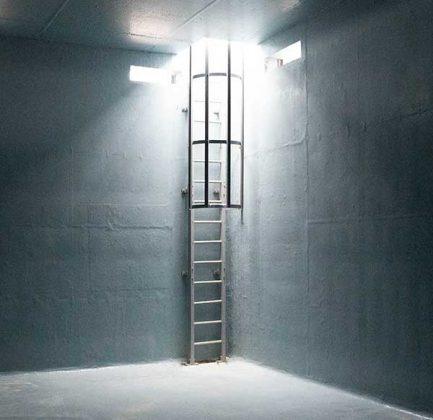 Ejemplo escalera vertical